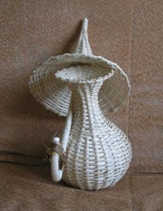 Зонт нераскрытый с вазой